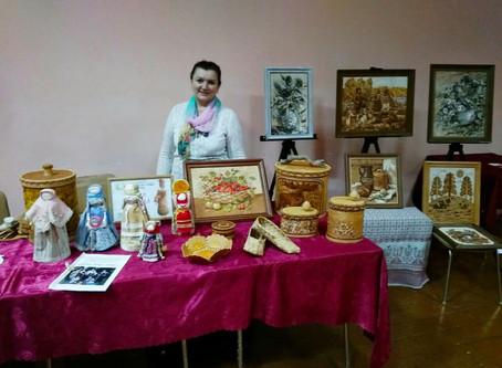 Мастера отдела ремесел на ярмарке «Михайловский гусь»