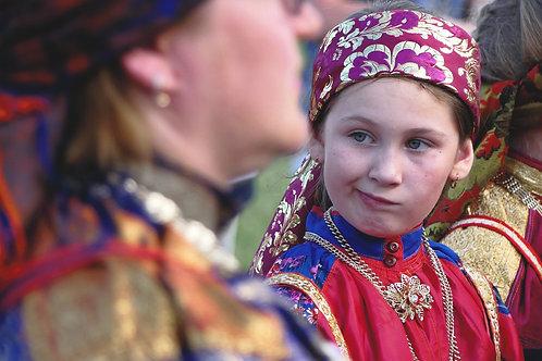 """Photo encadrée """"Jeune Fille à la fête d'Oust-Tsilma"""