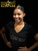 Kelsey Headshot.png