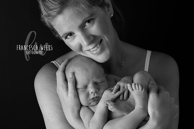 b6c21d2ad39 Worried about post pregnancy photos? | Newborn baby photographer ...