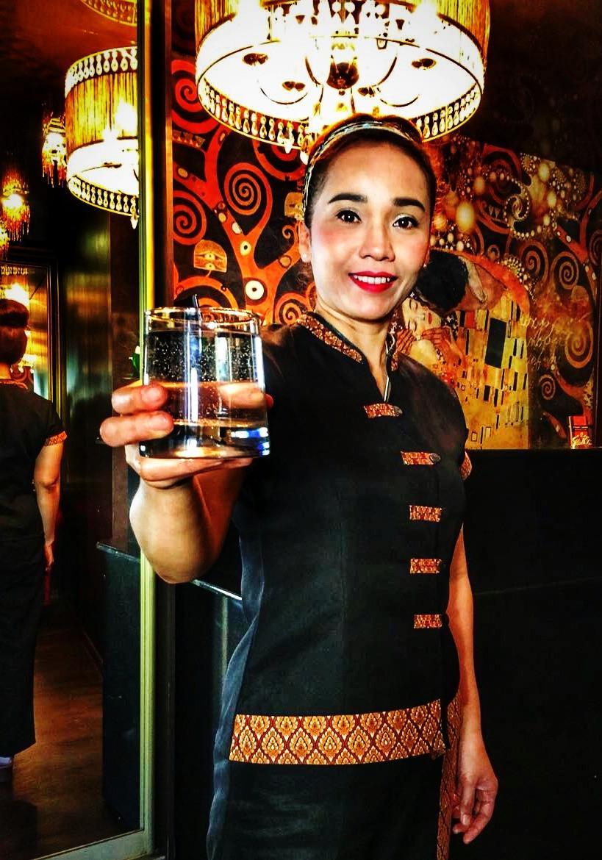 Пейте воду, рекомендуют тайские терапевты