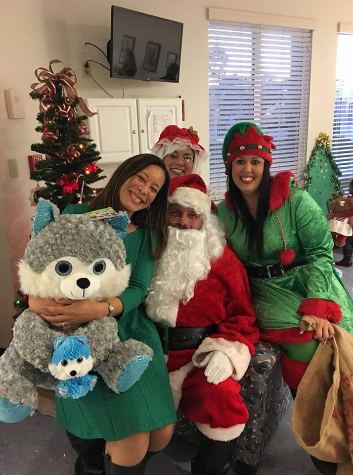 Alumni Christmas Giveaway 2016