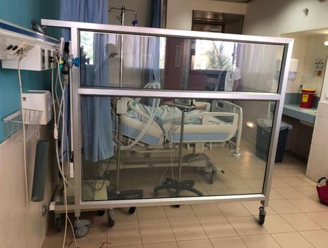 מחיצה זכוכית חכמה בית חולים