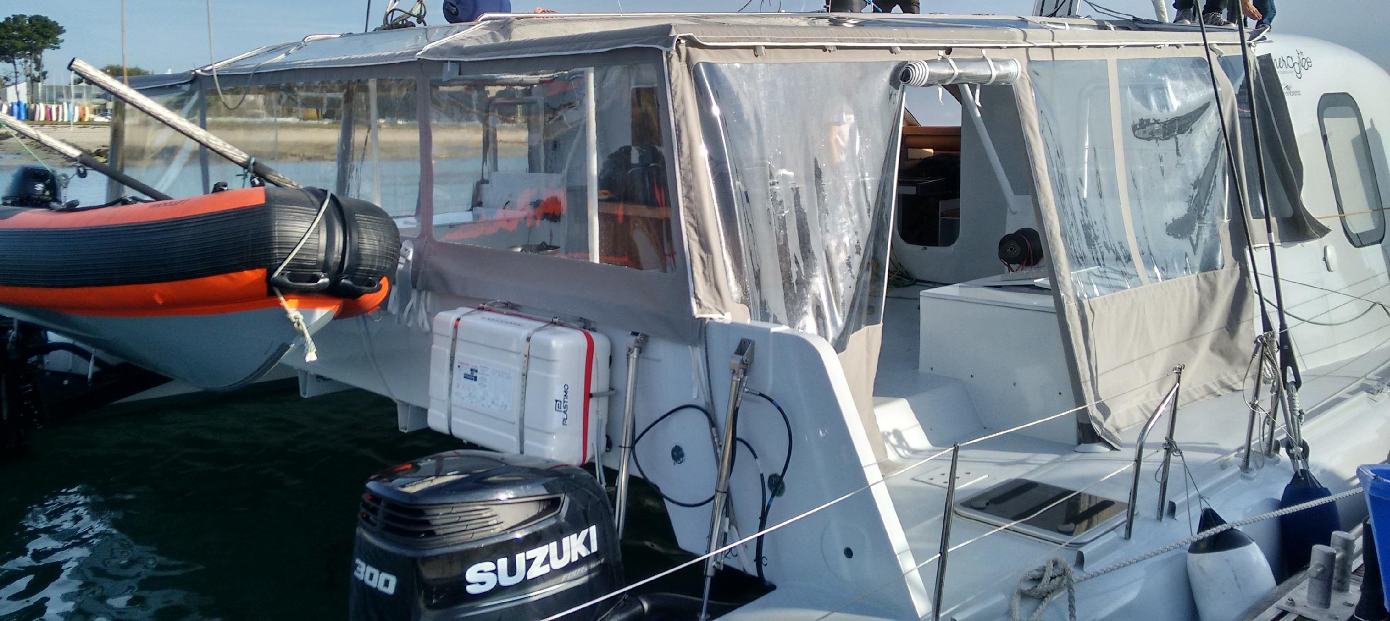 Taud de plate forme, catamaran