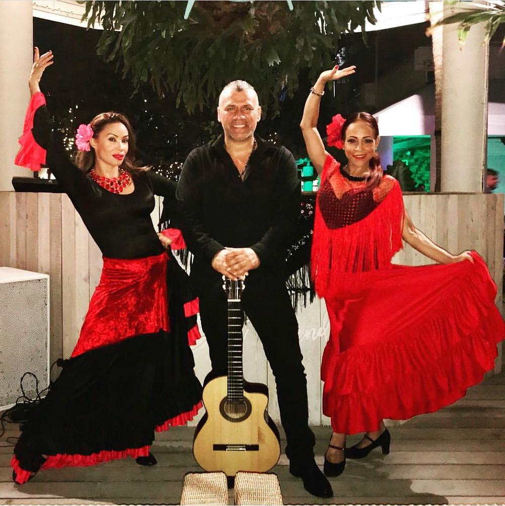 Flamenco Dancers and Guitarist