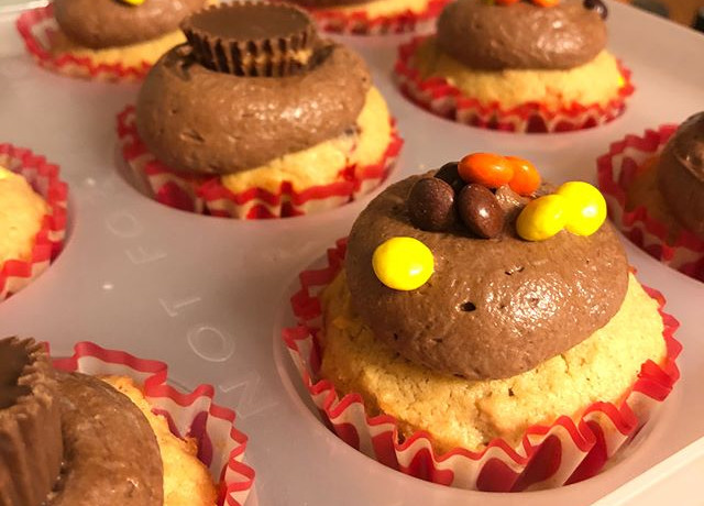 Peanut Butter Cupcake, Chocolate Buttercream
