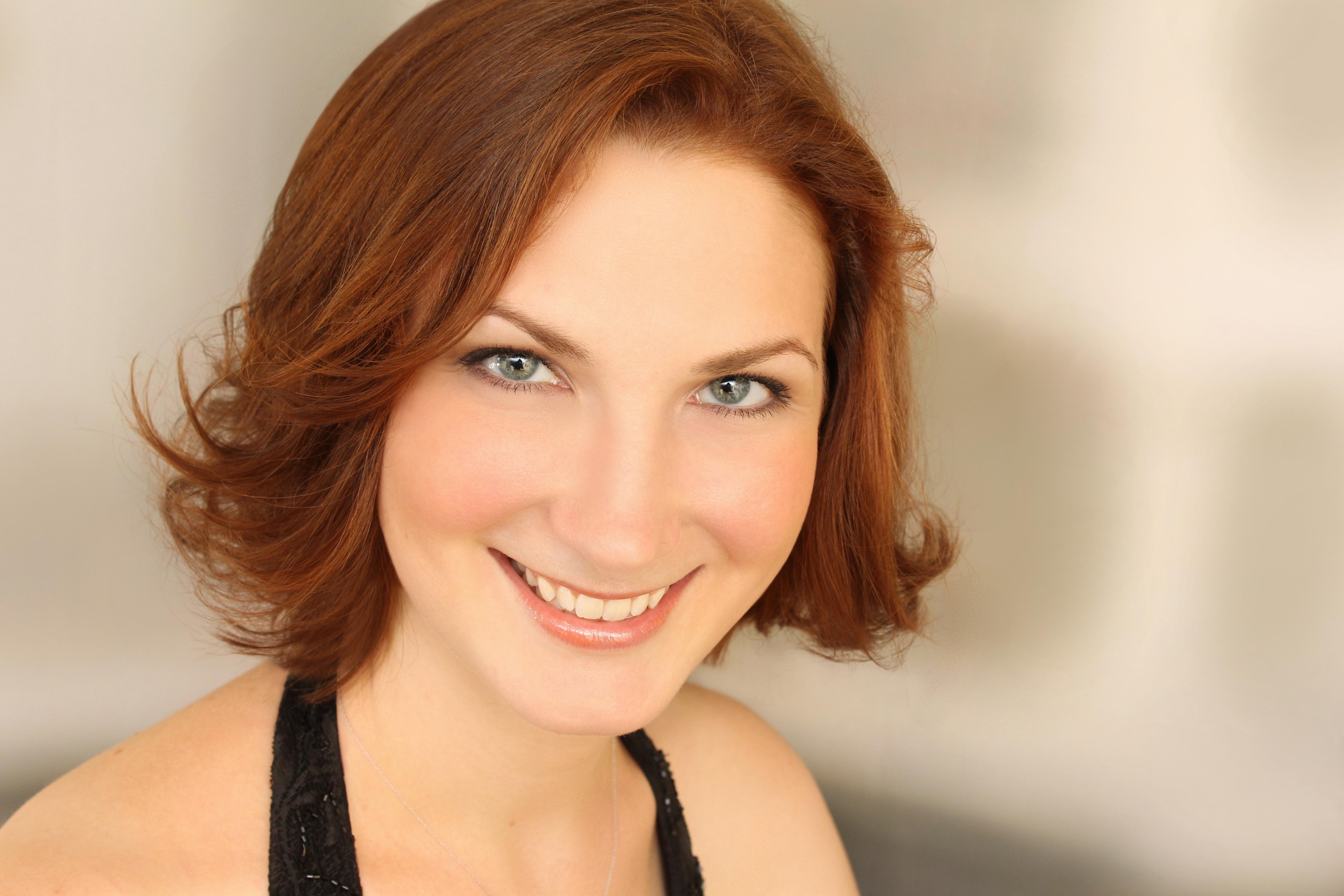 Julie Miller, mezzo-soprano