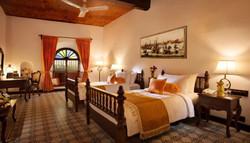 Dekorasi Kayu Kamar Hotel