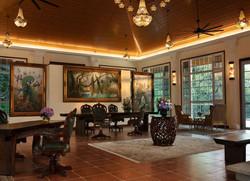 Dekorasi Kayu Lobi Hotel