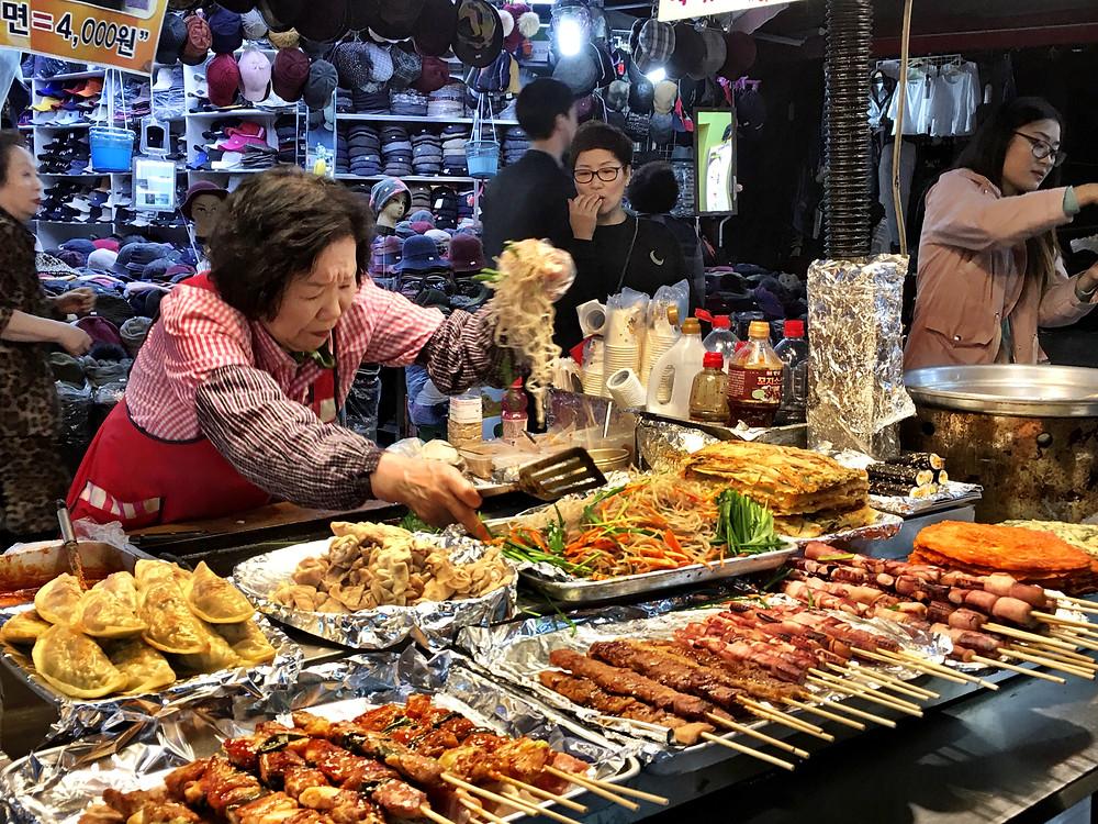Street for for sale at the Namdaemun Market