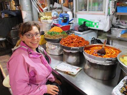 breakfast at the Gwangjang Market