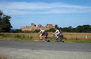 Se Hammershus på cykelferie på Bornholm