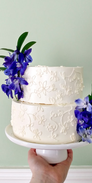 Piped Cake with Fresh Flowers