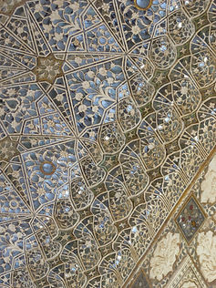 Part of ceiling in Palace at Jaipur.JPG