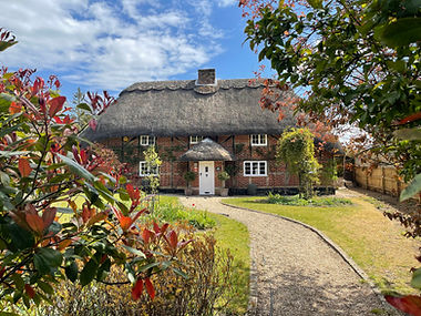 AlanJ_Thatched House.JPG