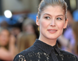 'Gone Girl's' Rosamund Pike to be honored by Palm Springs Film Festival