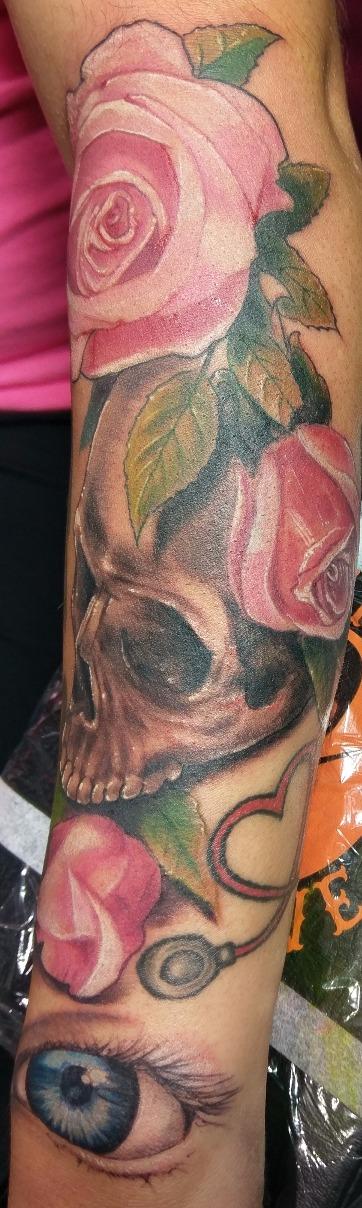skull roses eyeball