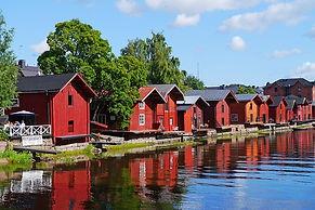 wooden-houses-796386_640.jpg