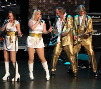 15.07.19: ABBA Deluxe