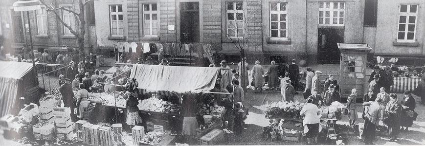 02 Markt 1957.jpg