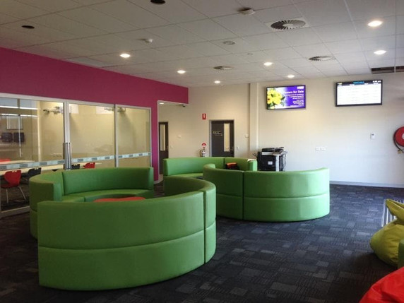 NEW AGE UPHOLSTERY Commerical fit out (1
