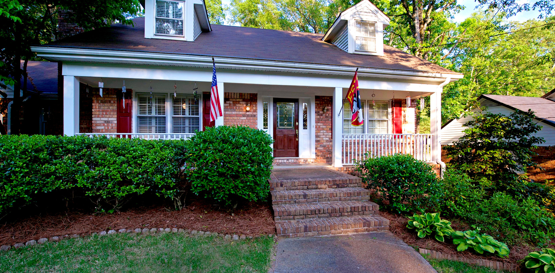 SOLD for $319,000 - Represented Seller