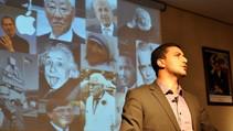 Cinq qualités qui font échouer à l'école mais réussir dans la vie: Faysal Hafid - TEDx