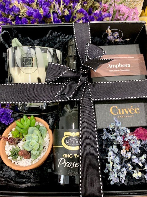 Dalmation Succulent Cuvee Chocolate & Bubbles Hamper