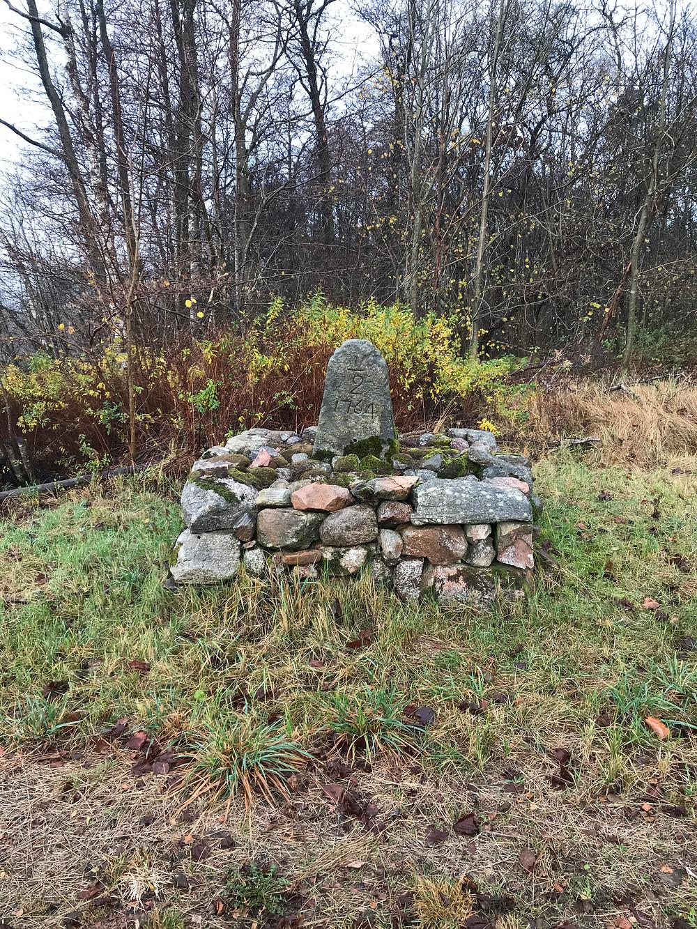 A Swedish mile marker on Skåneleden