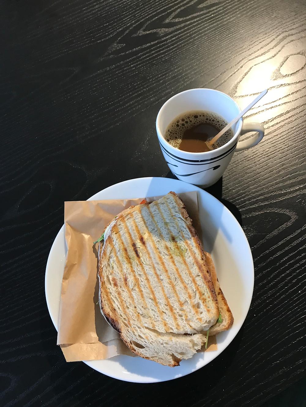 Fika in Båstad at Knut Jöns Café
