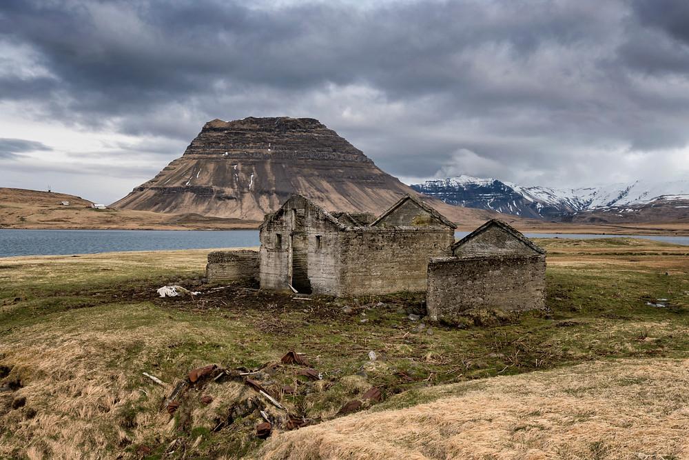 Old viking ruins with Kirkjufell