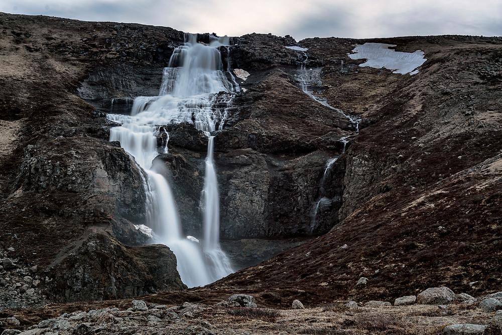A little roadside waterfall en route