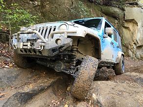 Jeep Wrangler JKU Offroad Rocks