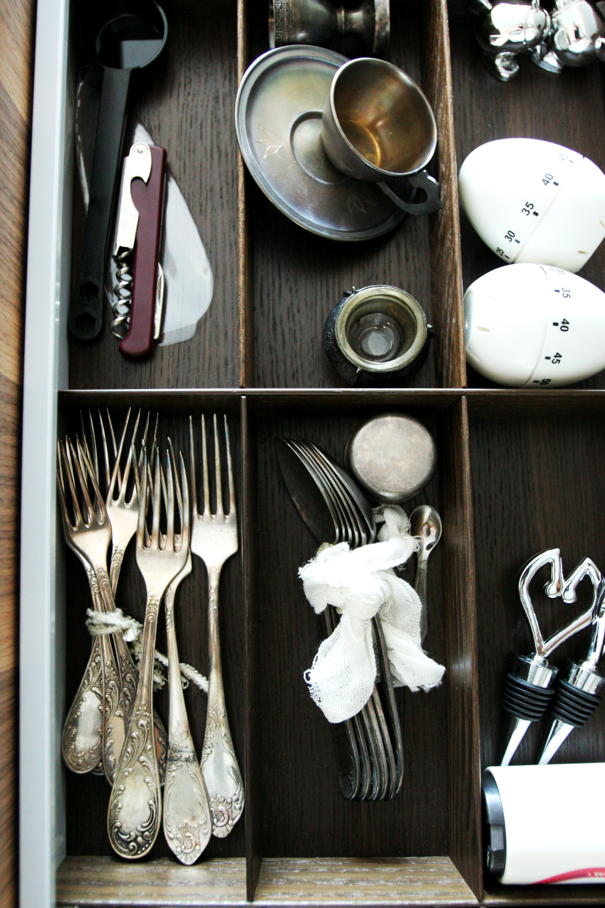 UTENSIL ORGANIZATION