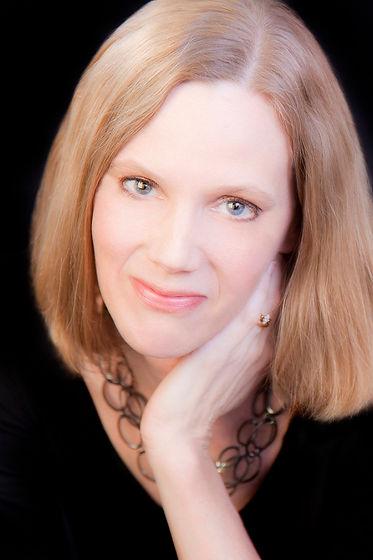 Jennifer Hambrick headshot.jpg
