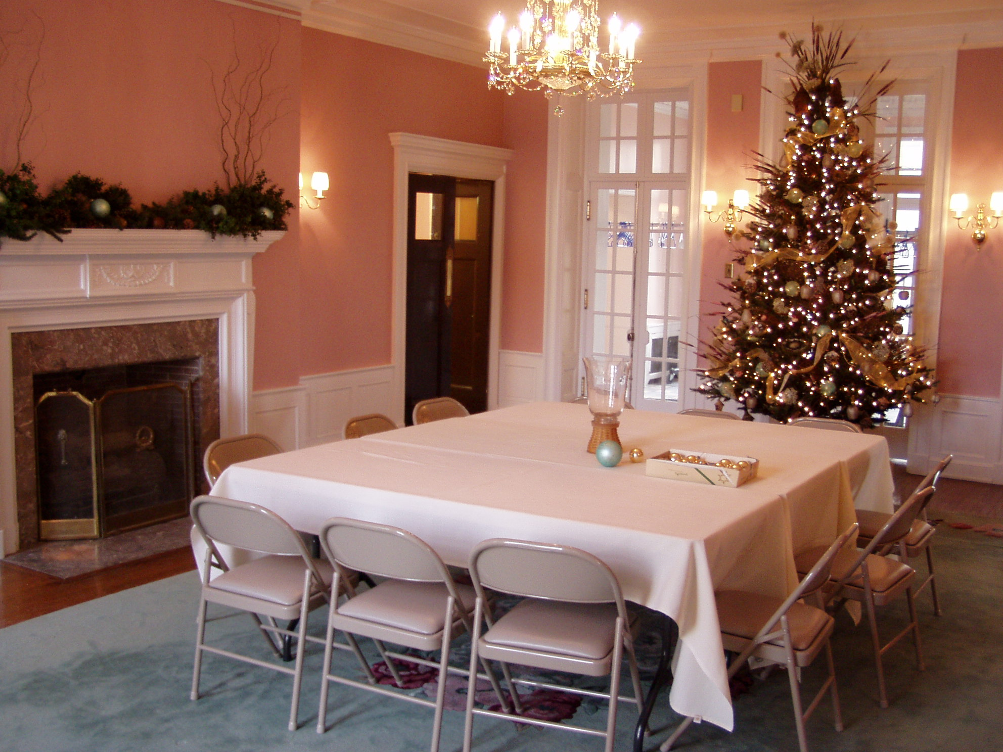 Holiday luncheon - Mansion