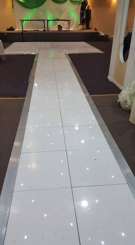 dance floor with Aisle