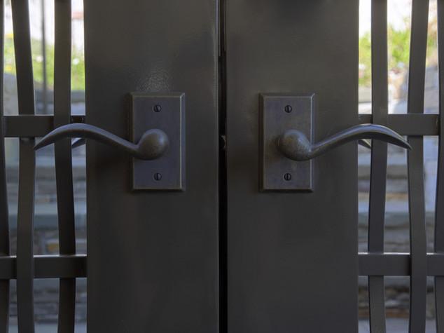 Posin-Mills front gate detail.jpg