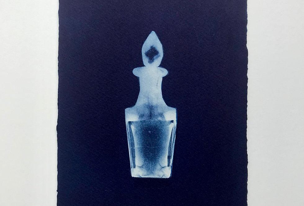 Perfume bottle (3)