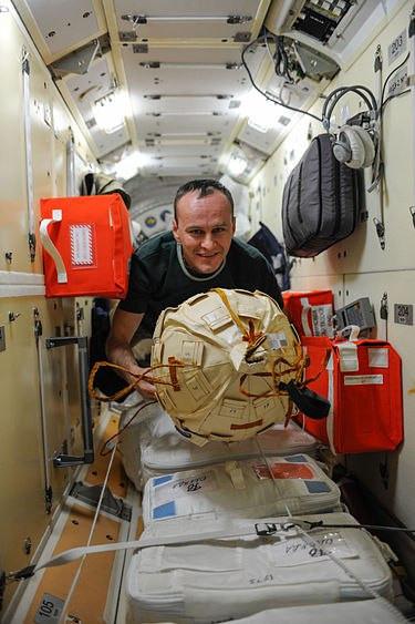 Приглашаем на лекцию космонавта Сергея Рязанского!