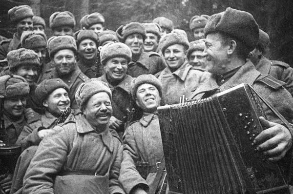 Клуб военно-патриотической песни МГУ