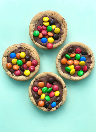 M&MS Cookie Pie- Box of 4