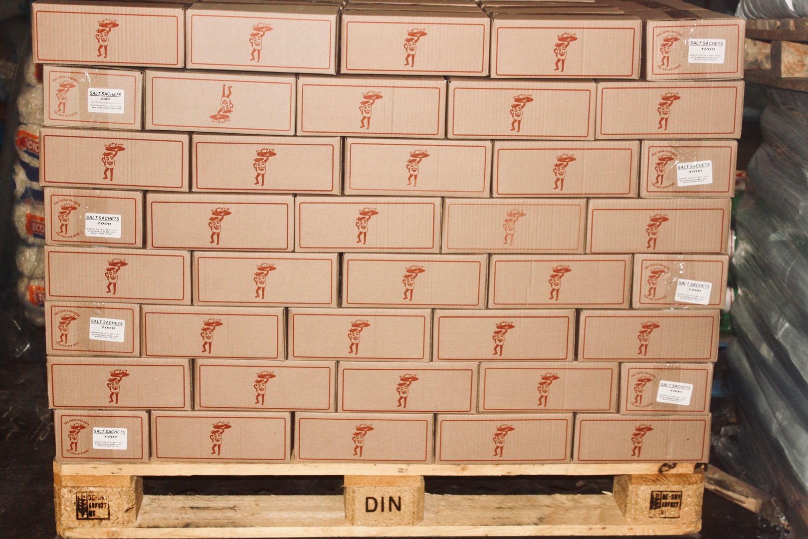 Tomato sauce in boxes