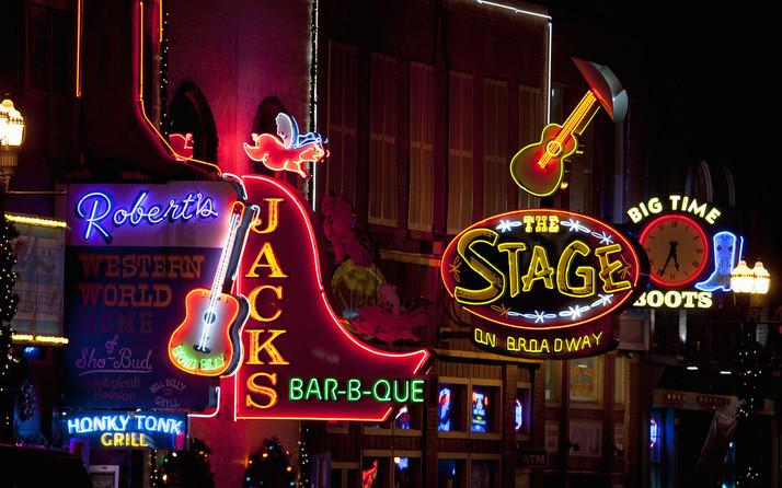 Nashville Singing Pro-Pot Tunes
