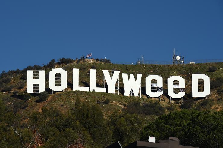 Los Angeles: No Marijuana Sales for now. www.cannanews.buzz