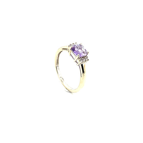 Stunning 10K White Gold 0.5 Carat Amethyst Ring