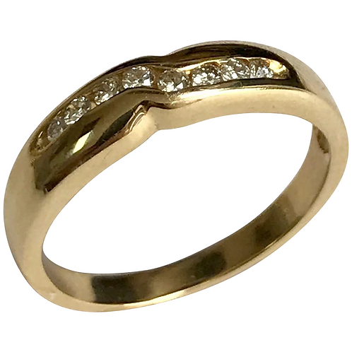 14 K Yellow Gold Unisex 8 Diamond Wedding Band