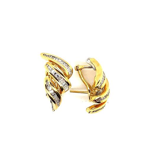 Stunning 18K Gold 1.35 Carats IGI Certified Diamond Earrings