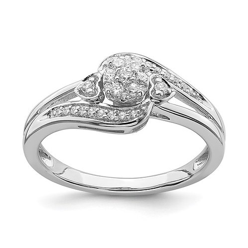 Beautiful Cluster 10k White Gold & Diamond Engagement Ring Hearts