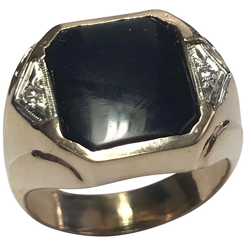 14 K Yellow Gold Onyx and Diamond Ring